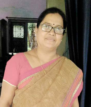 Dr (Smt) Sarita Swamy